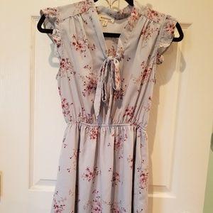 Monteau Julie floral dress sz. Med.